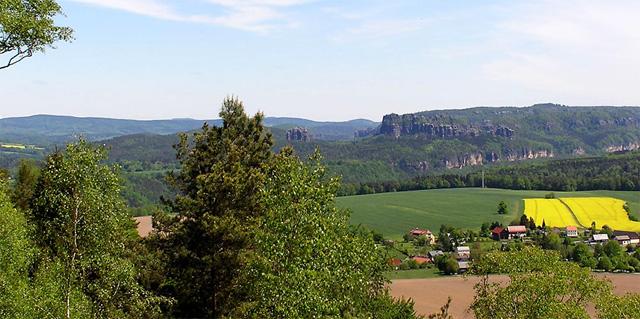 Blick vom Kleinhennersdorfer Stein
