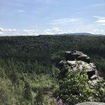 Gipfelblick vom Castello - im Hintergrund der Hohe Schneeberg (Tschechien)