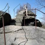 rustikaler Aufstieg zum Gipfel