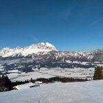 Abfahrt am Kitzbühler Horn - Blick zum Wilden Kaiser